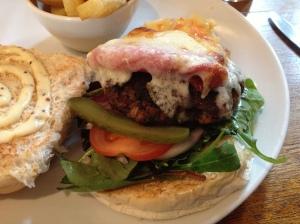Burger review of Dorrington's Horseshoes