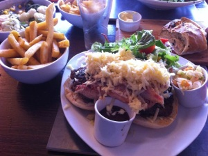 Burger review of The Cygnets